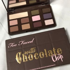 BNWOB - MATTE CHOCOLATE CHIP MINI - TOO FACED